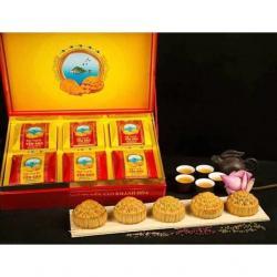 Bánh trung thu Yến Sào nhân mềm hộp 6 bánh x 200gr