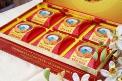 Bánh trung thu Yến Sào thập cẩm hộp 6 bánh x 200g